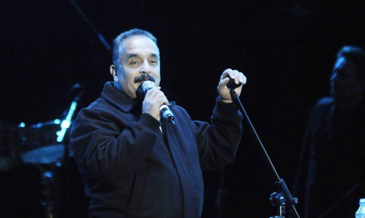 """El mánager de Willie Colón dice «Está consciente y recuperándose"""""""